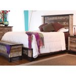 Antique Brown Rustic King Size Bed – Antique