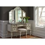 Antique White Traditional 3 Piece Vanity Set – Magnolia Manor