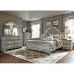 Antique White Traditional 6 Piece King Bedroom Set – Magnolia Manor