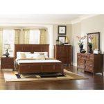 Cherry Casual Traditional 6 Piece Queen Bedroom Set – Harrison