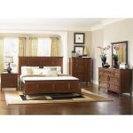 Harrison Cherry Casual Traditional 6-Piece King Bedroom Set