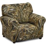 Real Tree Camouflage Upholstered Club Chair