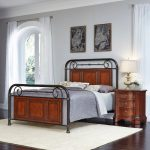 Richmond Hill Cognac Queen Bed and Nightstand