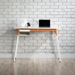 Square 1 Maple/White/Orange Desk