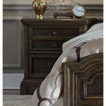 Traditional Chestnut Brown Nightstand – Valley Springs