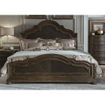 Traditional Chestnut Brown Queen Size Bed – Valley Springs