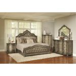 Traditional Platinum Gold 6-Piece Queen Bedroom Set – Seville